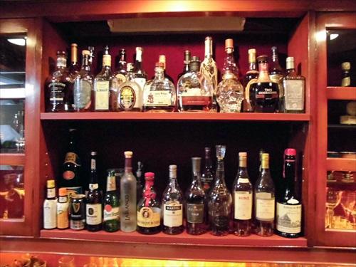 Bar来夢来人4ワイン1