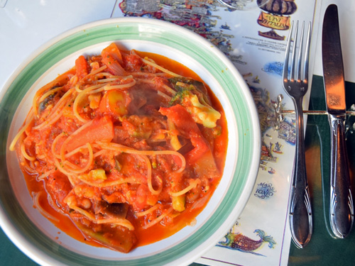 ピアチェーレ4いろいろな野菜のトマトソース
